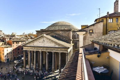 Stunning Pantheon View from terrace